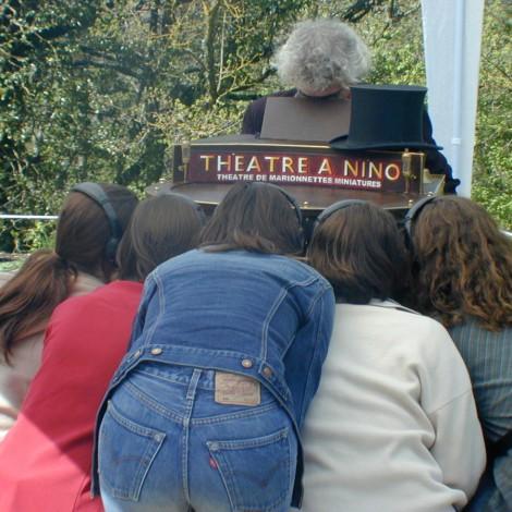 Théâtre à Nino
